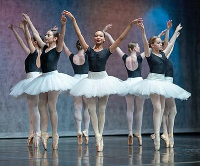 Ballet 4-5 Pointe Var classes instruction in Northern Virginia - Lasley Centre